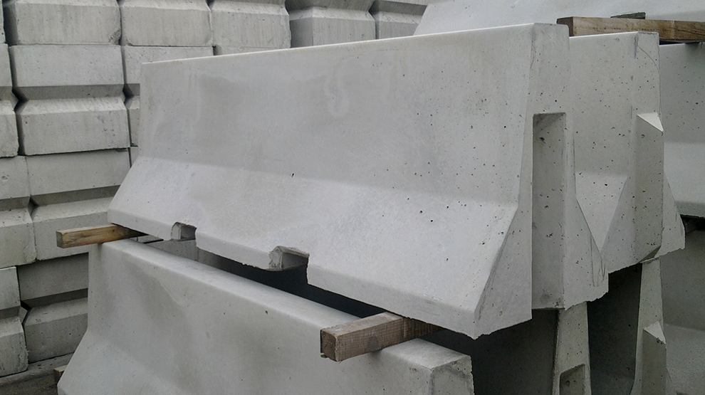 Type of concrete barrier